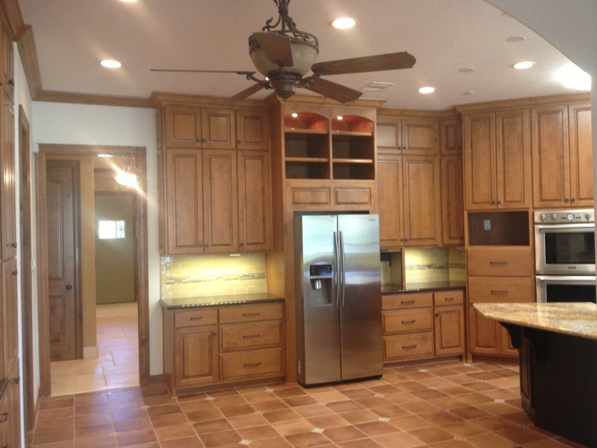 Amish cabinets texas austin houston 25 amish cabinets of for Kitchen cabinets austin